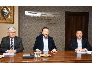 İzmit Belediyesi'nde Sözleşme Görüşmeleri Başladı