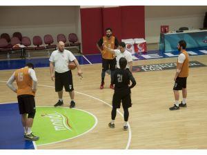 Melikşah Üniversitesi zorlu maça hazır