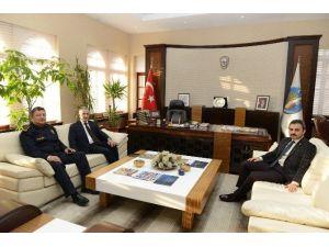 Necmettin Emre'den Başkan Külcü'ye Ziyaret