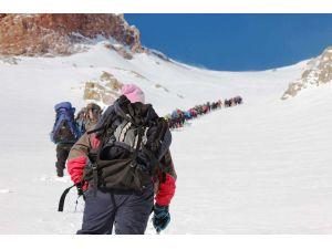 Erciyes Kış Zirve Tırmanışı 6 Şubat'ta yapılacak