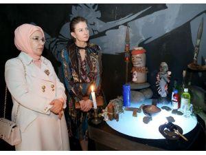 Emine Erdoğan Mındale El Sanatları Müzesi'ni Gezdi