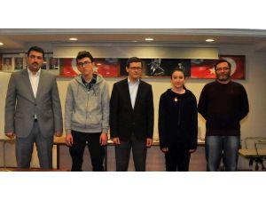 Akşehir Belediyesi'nden Başarılı Öğrencilere Ödül
