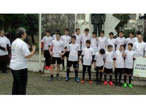 """Minik Futbolculara """"Bir İyilik Yap"""" Projesi"""