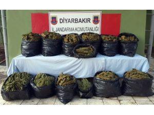 Diyarbakır'da 134 Kilo Kubar Esrar Ele Geçirildi