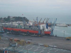 Rusya İle Yaşanan Uçak Krizi Trabzon Limanı'nı Teğet Geçti