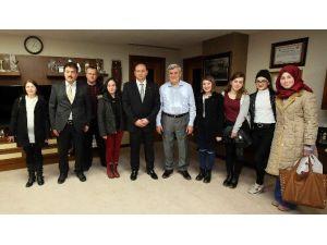 """Başkan Karaosmanoğlu: """"Kültür Merkezlerimiz Geleceği Şekillendiriyor"""""""