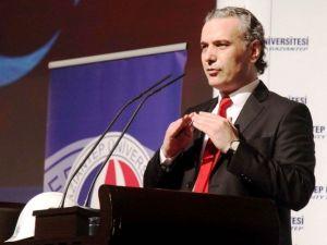 GAÜN'de İntörn Mühendislik Zirvesi Ve Eğitim Programı Paneli Düzenlendi