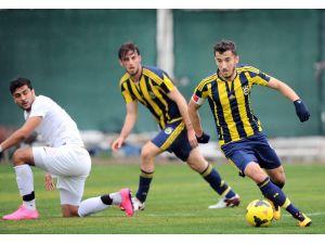 Fenerbahçe'den Antalyaspor'a yarım düzine gol
