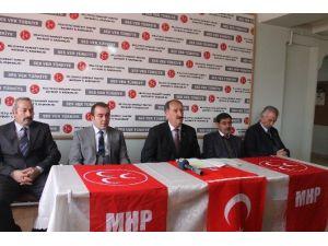 Bayburt MHP 'Tüzük Kurultayı Süreci' İçin İmza Verdi