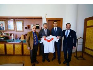 Türkiye Hokey Federasyonu Başkanından, Başkan Çakır'a Ziyaret