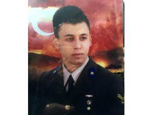 Trabzon genç astsubayın şehadetine ağlıyor