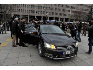 MHP'de muhaliflerin avukatları cevap gelmeyince mahkemeye başvurdu