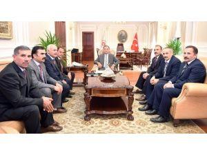 Yozgatlı Muhtarlar Adalet Bakanı Bekir Bozdağ'ı Ziyaret Etti