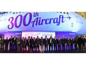 THY'nin 300. uçağı tanıtıldı