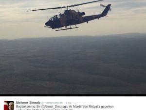 Mehmet Şimşek, yerli helikopter T129 ile selfie çekti