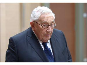"""""""Yumuşama""""nın mucidi Kissinger'dan, ABD ve Rusya'ya """"stratejik konsept"""" önerisi"""
