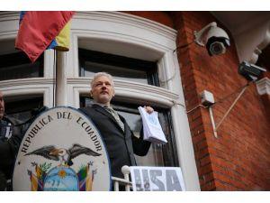 """Assange: """"Bu İnkar Edilemeyecek Bir Zaferdir"""""""