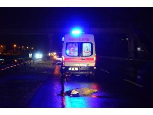 Otomobilin Çarptığı Kadın Hayatını Kaybetti
