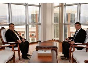 Başkan Yağcı'dan Rektör Taş'a Ziyaret