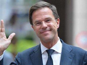 Hollanda Başbakanı Rutte'den Türkiye'ye övgü
