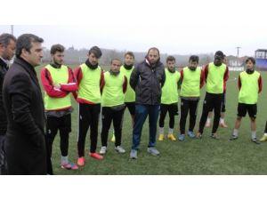 Başkan Yemenici'den Futbolculara Destek