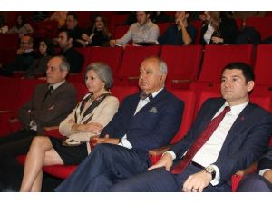 Prof. Dr. Erhun Eyüboğlu: ''Hedefimiz Evrensel Boyutlarda Hekim Yetiştirmek''