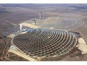 Fas'ta 'dünyanın en büyük güneş santreli' açıldı