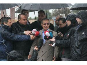Vali Tapsız, Mülteci Akını İle İlgili Basın Toplantısı Yaptı (1)