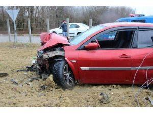 Çaycuma'da Trafik Kazası: 3 Yaralı