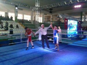 Giresun'da Başlayan Gençler Türkiye Boks Şampiyonası Bugün Sona Erdi