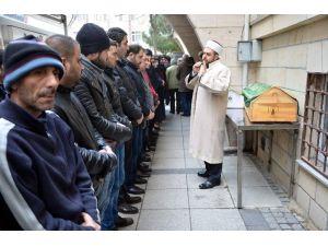 Yangında Ölen Suriyeli Kardeşler Toprağa Verildi
