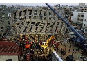 Tayvan'daki Depremde Ölü Sayısı 23'e Yükseldi