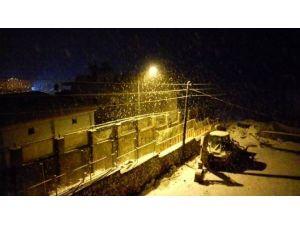 Gerger İlçesinde Kar Yağışı