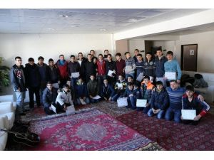 Gençler Akademi Kampında