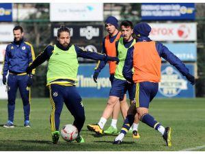 Fenerbahçe, kupa maçı hazırlıklarını sürdürdü