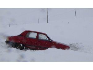 Kars'ta Kar Yağışı Etkili Oldu
