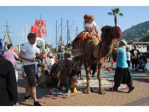 Devecileri Rus değil, İskandinav turist azlığı korkutuyor