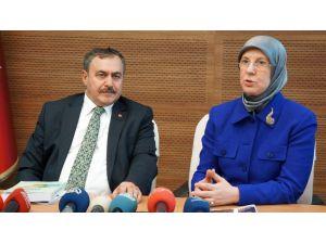 Bakan Eroğlu: Yassıada'da ağaç kesimi fotoğrafını ben görmedim ama sahtedir