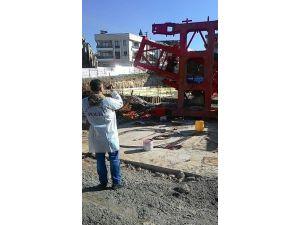İzmir'de Vinç Faciası: 1 Ölü