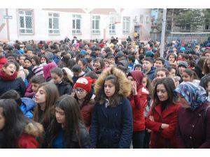 Tokat'ta 113 Bin 639 Öğrenci Ders Başı Yaptı