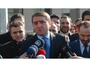AK Partililerden 'diktatör bozuntusu' ifadesine suç duyurusu