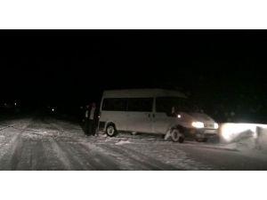 - Tasmalı Geçidi Sürücülere Yol Vermedi