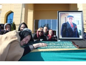 Mustafa Kemal Güneşdoğdu İçin Tören