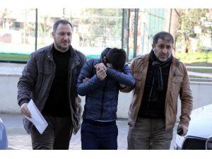 Hastane Otoparkındaki Araçların Lastiklerini Kesen Şahıs Tutuklandı