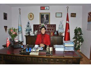 Kadın Belediye Başkanından 'Sigarayı Bırakın' Mesajı