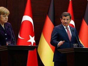 Davutoğlu: Kısa bir süre içerisinde Cizre'de operasyon tamamlanacak