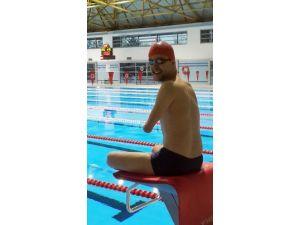 Engelli Yüzücünün Azmi