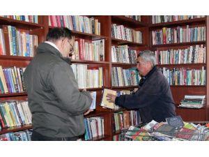 Çiğdemim'in Kitapları Raflardaki Yerini Aldı