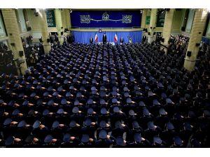 Hamaney: Seçimlere yüksek katılım düşmanları hayal kırıklığına uğratacak