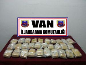 Van'da 6 kilogram uyuşturucu yakalandı